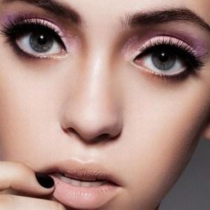 Makeup-Nude-Lipstick_1