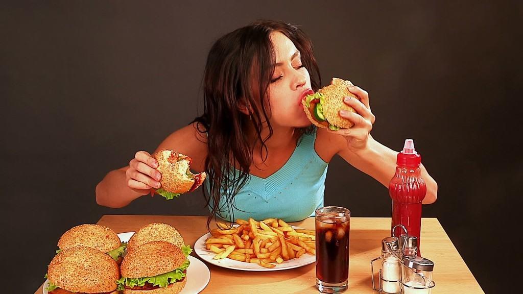 """เคล็ดลับลดน้ำหนักด้วยการเลี่ยงตัวกระตุ้นที่ทำให้รู้สึก """"อยากอาหาร"""""""