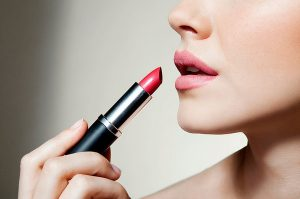 what-makes-lipstick-expensive