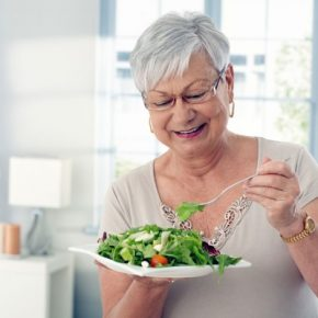 elderly-woman-eating-salad