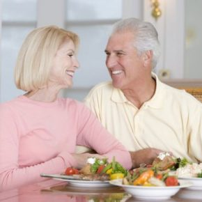 healthy_eating_couple
