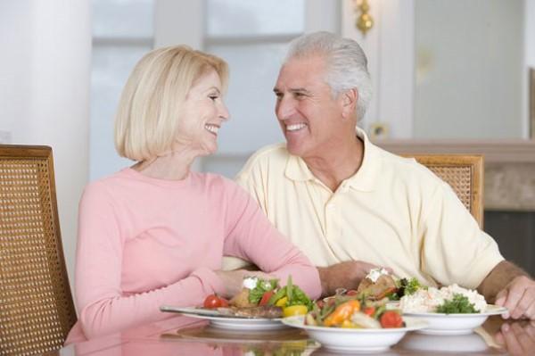 อาหารสุขภาพเพื่อคนวัยทอง ผู้สูงอายุ