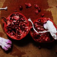 ประ จํา เดือน เป็น ลิ่ม สี แดง