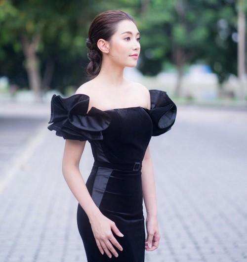20 แฟชั่นชุดดำดารา อวดความสวย แซ่บ เซ็กซี่ ไม่ซ้ำหน้าใคร ! 3