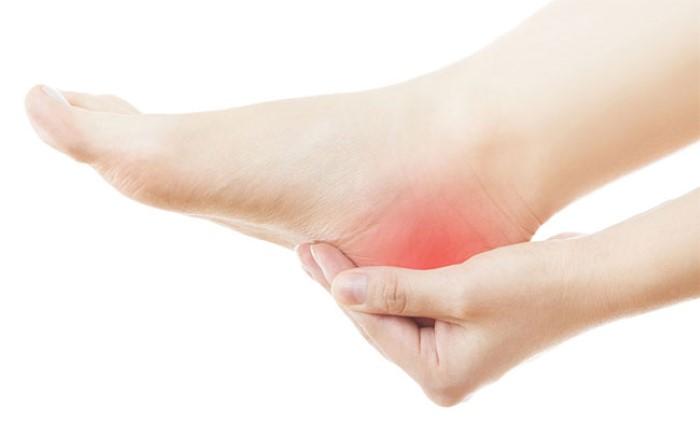 โรครองช้ำ โรคพังผืดส้นเท้าอักเสบ