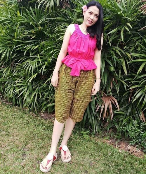 ชุดไทยเล่นน้ำสงกรานต์