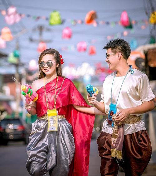แฟชั่น สงกรานต์ ชุดไทย