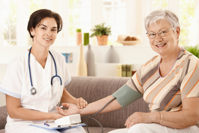 ตรวจสุขภาพประจำปีผู้สูงอายุ สำคัญแค่ไหน ต้องตรวจอะไรบ้าง