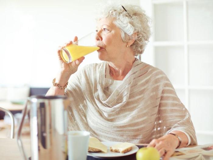 เครื่องดื่มเหมาะกับผู้สูงอายุ