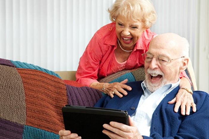 ผู้สูงอายุติดโซเชียล