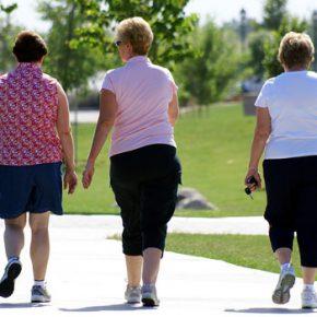 การเดินในผู้สูงอายุ