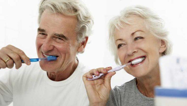 สุขภาพปากและฟันผู้สูงอายุ